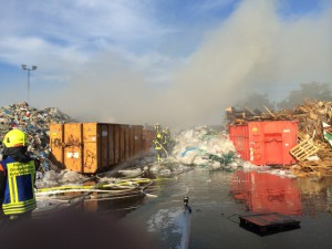 Brand Kunststoffcontainer Bergrheinfeld