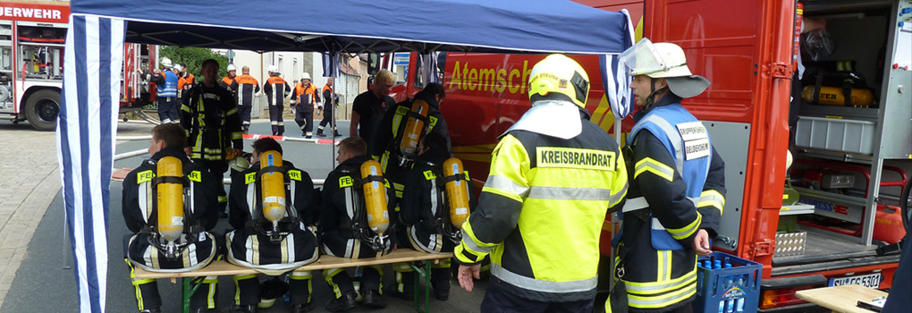 geraetewagen-atemschutz-strahlenschutz-feuerwehr-geldersheim2