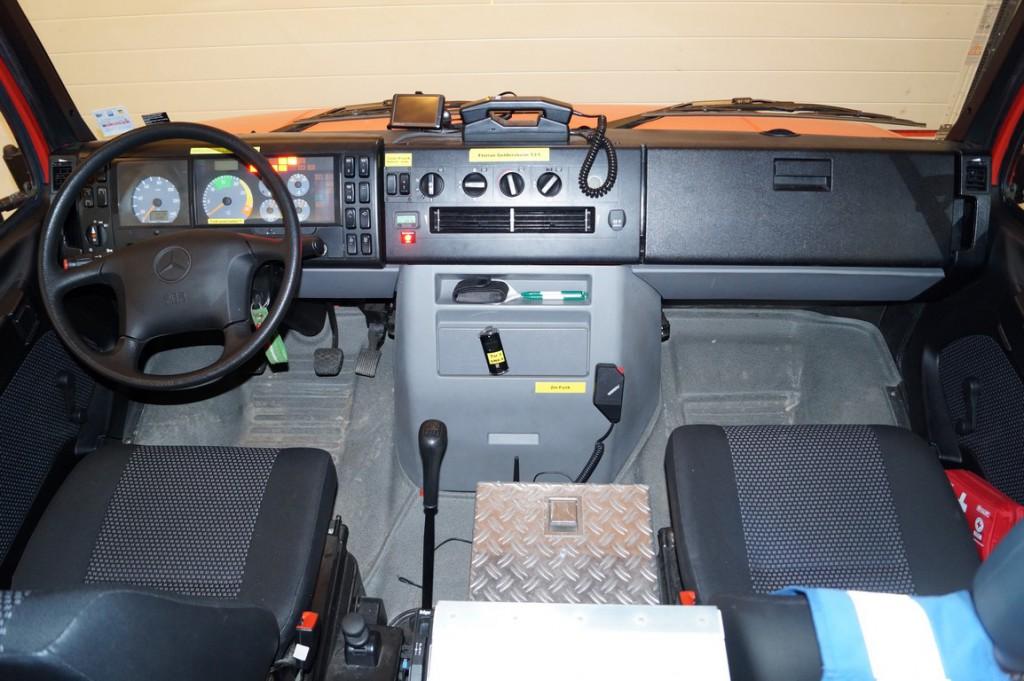 geraetewagen-atemschutz-strahlenschutz-fahrer