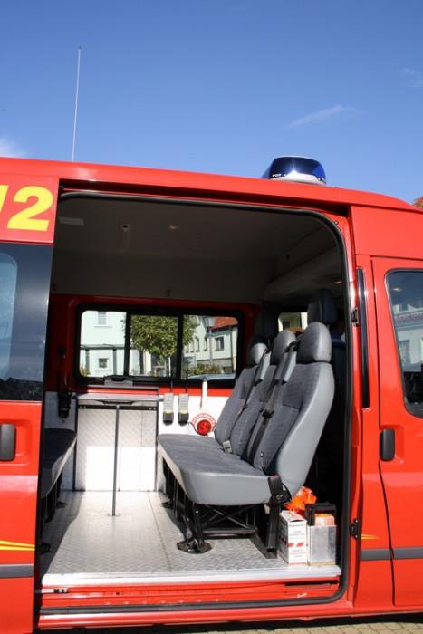 mehrzweckfahrzeug-sitzbank_3