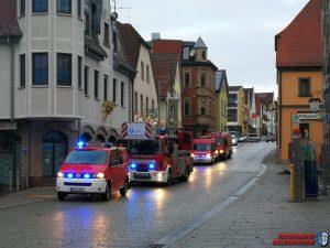 Gasaustritt aus Paket im Gebäude – Schweinfurt